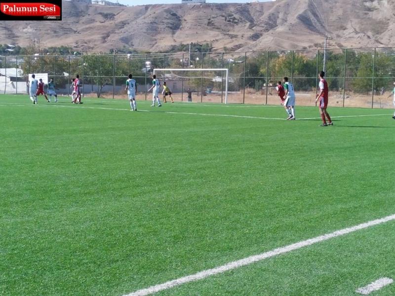 80. Dakikada ise Hİcret gençlik spor`dan Erol penaltıyı gole çeviremedi.