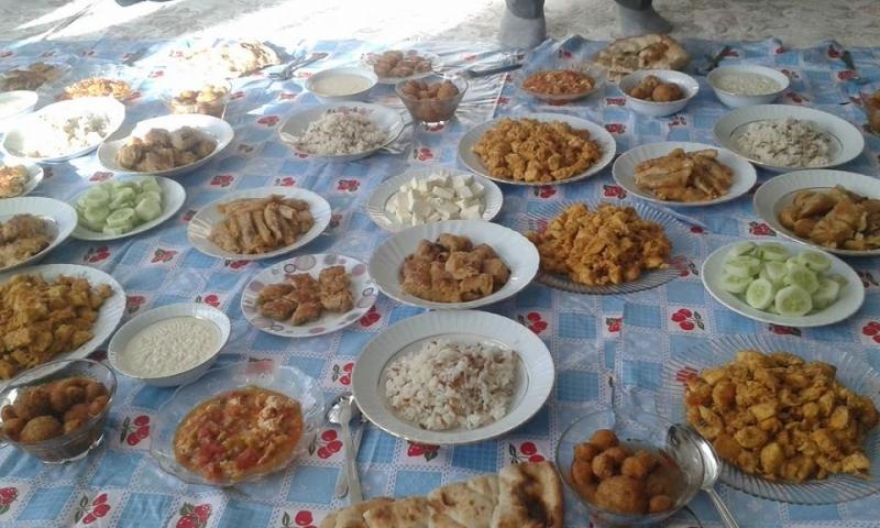FOTO: SİRAC POLAT İçli Köfte, Sütlaç, lahana sarması, FırınBöreği