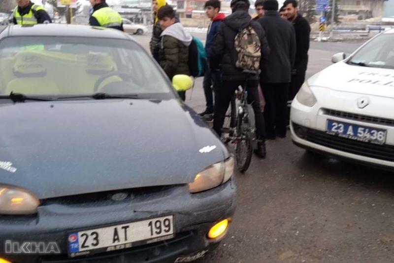 Aracı durdurulan şahıs polisi darp etti