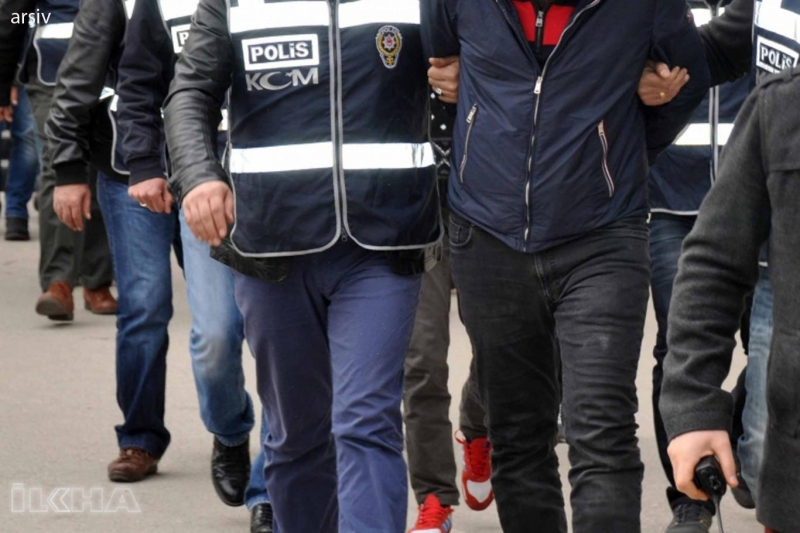 Arıcak`ta Pkk Operasyonu: 3 Gözaltı