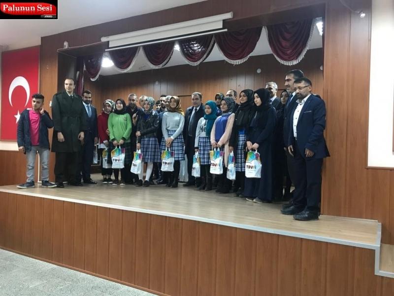 Çanakkale Şehitleri için Şiir Yarışması Düzenlendi