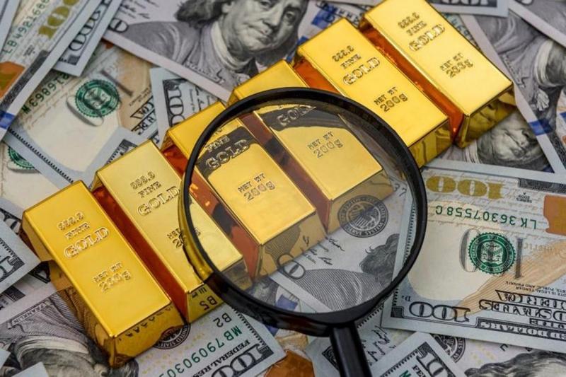Dolar 7, gram altın 467 TL'yi buldu