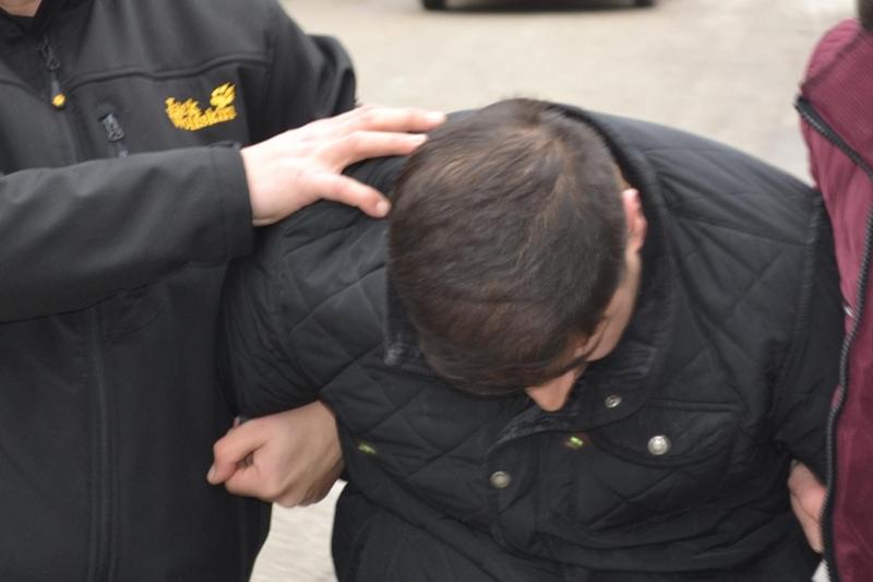 Elazığ A 101 Markette Hırsızlık Yapan Şahıs Yakalandı