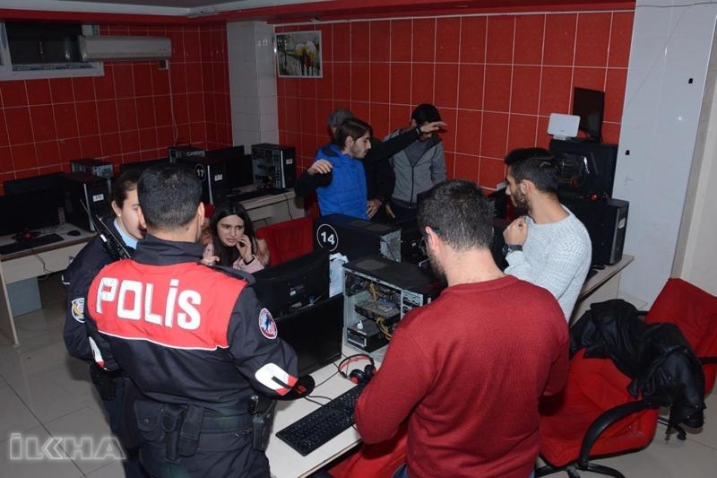 Elazığ`da Polis Huzur 23 Uygulaması Yaptı