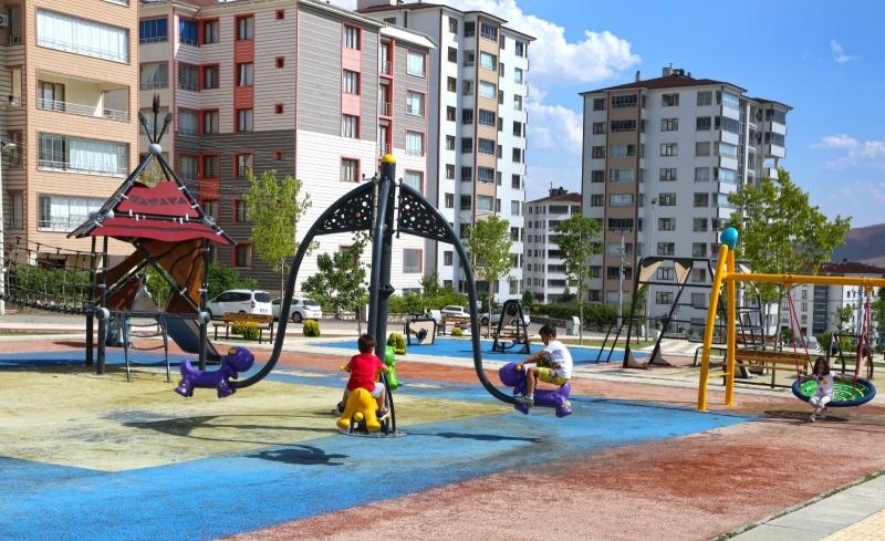 Elazığ'da yeni mahalle parkları