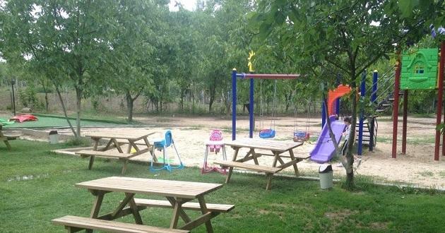 Çocukların hayal bahçesini suluyoruz