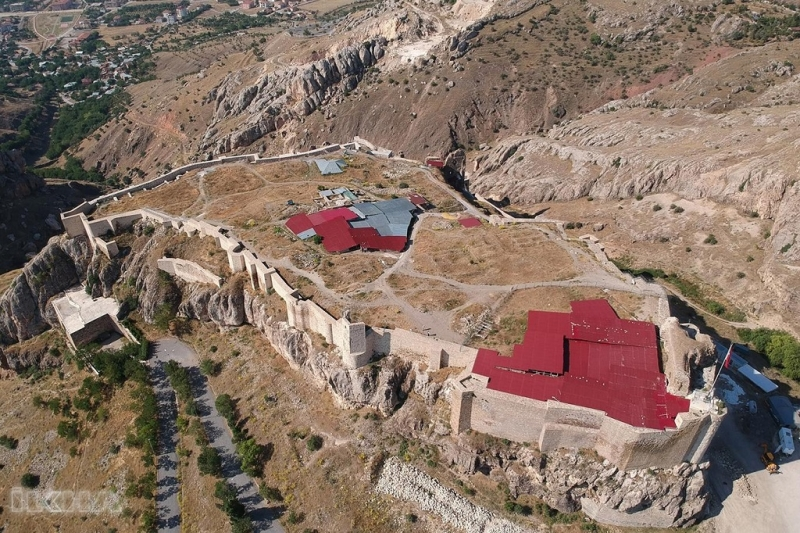 Harput Kalesi'nde arkeolojik kazı çalışmaları başladı