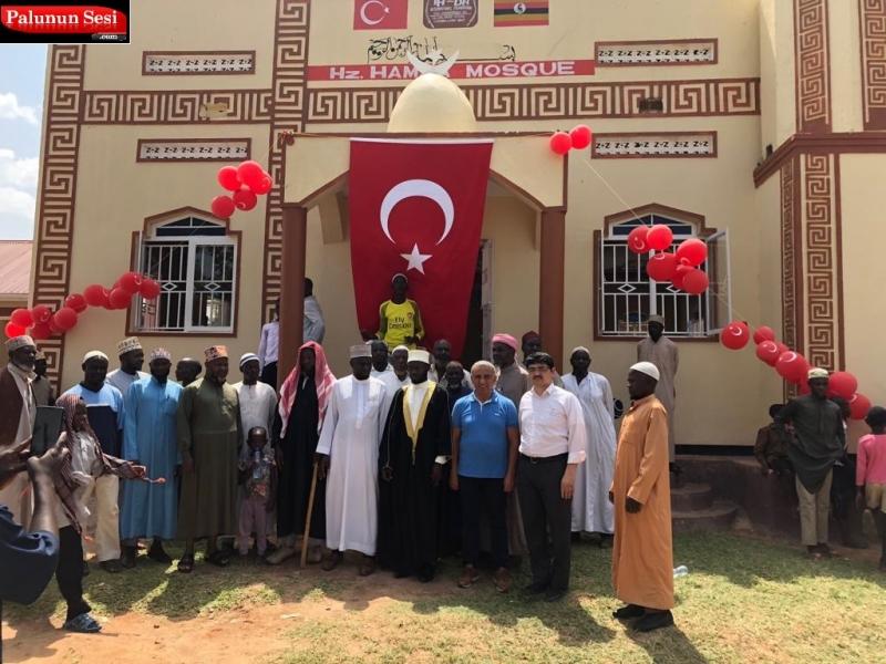 Hemşehrimiz İhsan Dağoğlu Uganda`Da Cami Yaptı-VİDEO
