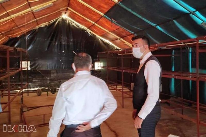 Keban Kaymakamı Akbulut, mantar yetiştirme tesisinde incelemelerde bulundu