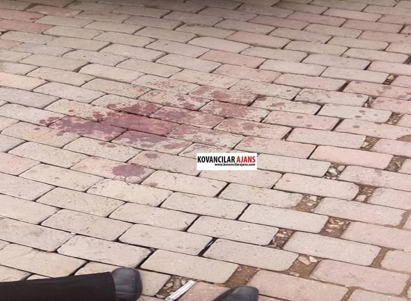 Kovancılar`da Kavga: 1 kişi bıçaklandı