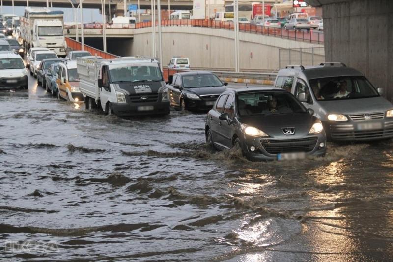Meteorolojiden ani sel ve su baskını uyarısı