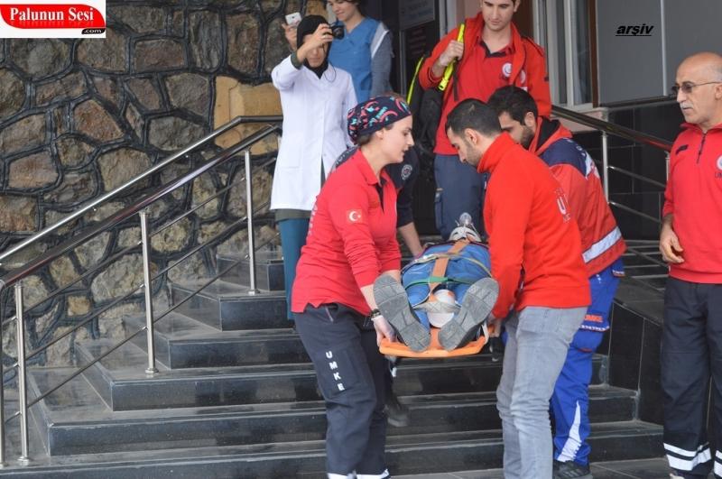 Palu`da 10 Metreden Çatıdan Düştüler : 2 Yaralı