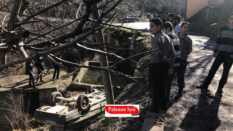 Palu`da Gün Işığı gözlerine Vuruncu Kaza Yaptı