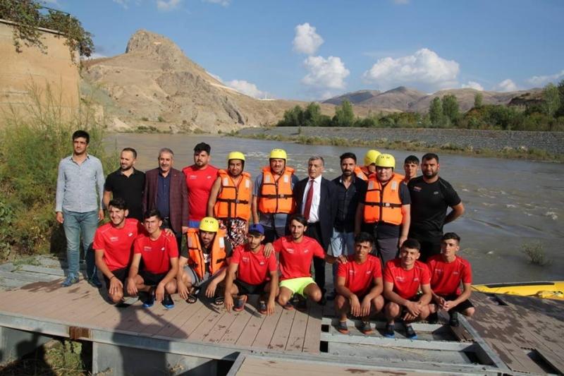Palu`da Rafting Heyecanı