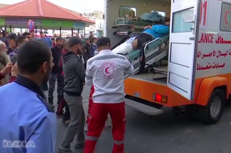 Siyonistler Gazze'de 80 hedefe saldırı düzenlendi