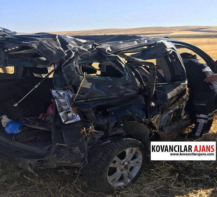 Uyuyan Sürücü Kaza Yaptı: 2 Yaralı